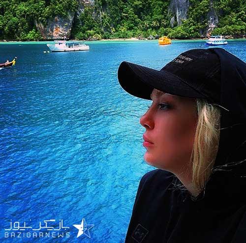 سحر قریشی کنار دریا با کلاه آفتابی اسپرت