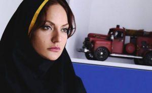 مهناز افشار در سریال عاشقانه با مقنعه