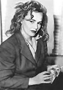 عکس سیاه و سفید فرانسیس فارمر با کت - خودکشی بازیگران