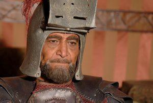 سیامک اطلسی در نقش حصین بن نمیر با خود و لباس جنگ