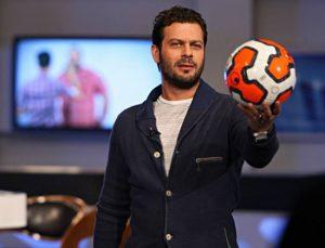 تیپ اسپرت پژمان بازغی با یک توپ فوتبال در دستش