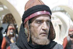 مصطفی طاری در نقش عمرو بن حریت فرمانده اموی شرطه های کوفه