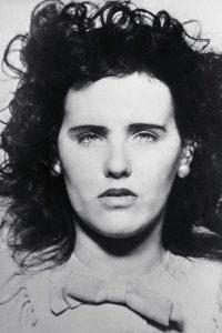 عکس سیاه و سفید پرتره الیزابت شورت - خودکشی بازیگران
