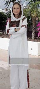 مانتو سفید نیکی کریمیبا نقوش سنتی در جشنواره فیلم کن2007