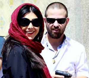 آزاده صمدی با شال قرمز و همسر سابقش هومن سیدی با تیپ سفید