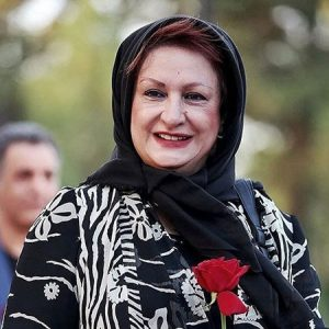 شال مشکی و مانتو گلدار مشکی سفید مریم امیرجلالی در جشن حافظ