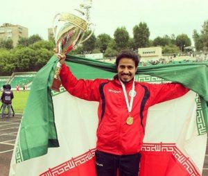 تیپ پرسپولیسی حسین سلیمانی با پرچم ایران