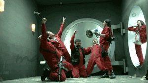 صحنه ای از شادی بازیگران فیلم Money Heist
