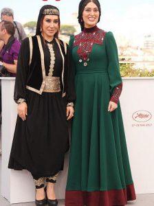 لباس سنتی سودابه بیضایی با رنگ سبز و نسیم ادبی با رنگ مشکی در جشنواره کن
