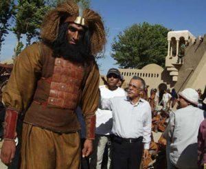 حامد حدادی در نقش یحیی بن زمزم با لباس رزم