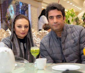 تیپ طوسی یکتا ناصر و همسرش منوچهر هادی در یک رستوران