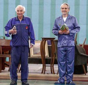 رضا و بیژن بنفشه خواه با لباس راحتی آبی در خندوانه