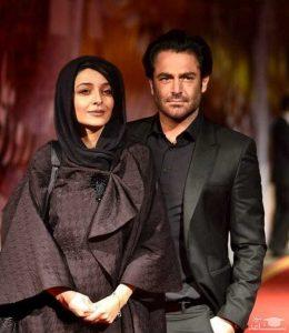 محمدرضا گلزار با کت مشکی در کنار ساره بیات