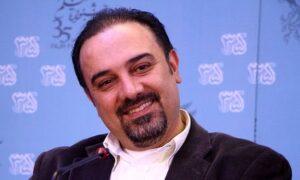 برزو ارجمند از بازیگران مرد ایرانی بالای 40 سال در جشنواره فیلم فجر با کت مشکی وپیراهن سفید