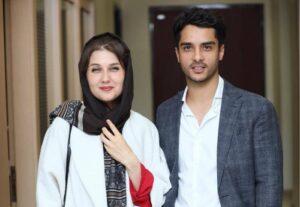 تیپ رسمی ساعد سهیلی با کت طوسی در کنار همسرش