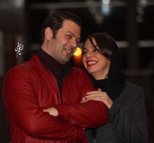 پژمان بازغی با کت چرم قرمز و لباس بافت مشکی و همسرش مستانه مهاجر