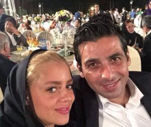 سلفی حمید گودرزی با لباس رسمی و همسرش ماندانا دانشور