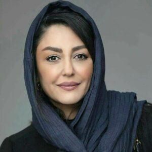 شقایق فراهانی با شال طوسی و مانتو مشکی