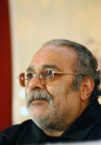 محمد کاسبی با پیراهن مشکی