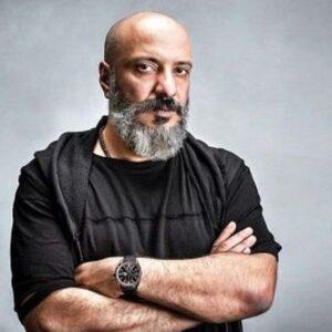 تیپ مشکی امیر جعفری از بازیگران مرد قد بلند ایرانی