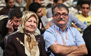 عکسی از رابعه مدنی به همراه پسرش