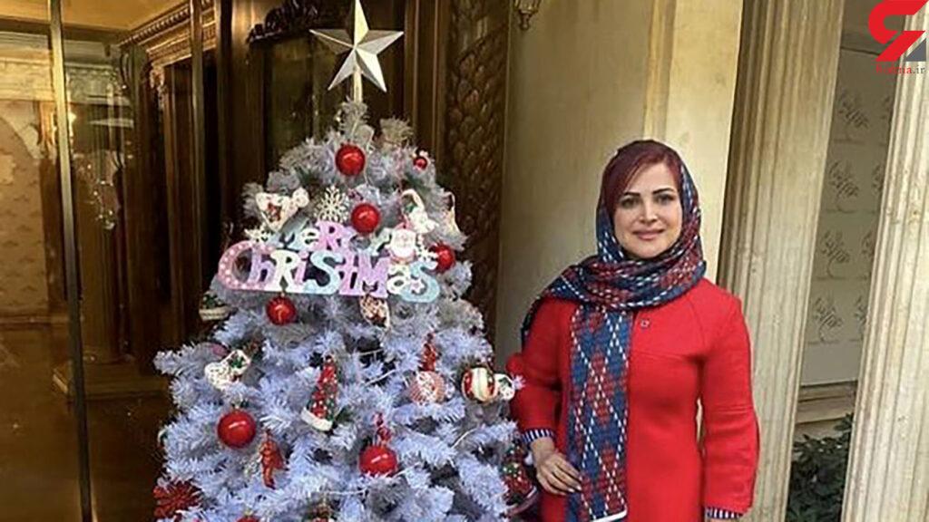 کمند امیرسلیمانی با درخت کریسمس - عمل زیبایی کمند امیرسلیمانی