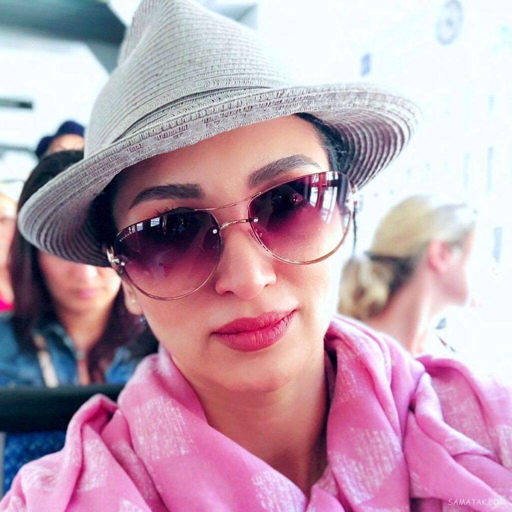 روناک یونسی با کلاه طوسی و لباس صورتی - عمل زیبایی روناک یونسی