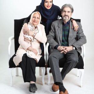 متین ستوده و پدر و مادرش