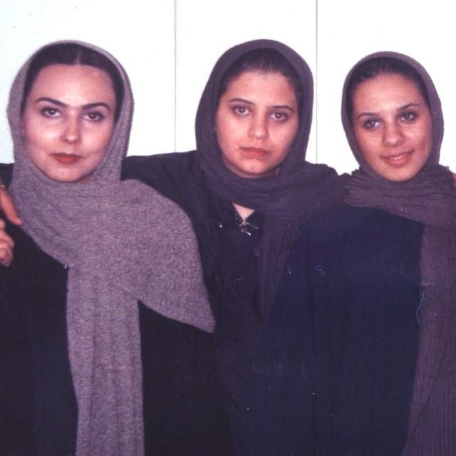 نوجوانی پرستو صالحی با دوستانش - عمل زیبایی پرستو صالحی