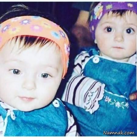 سارا و نیکا در کودکی