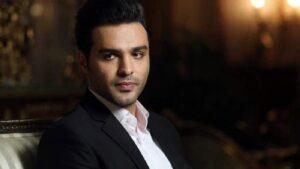 سامان صفاری از بازیگران سریال خانه امن در نقش پیام