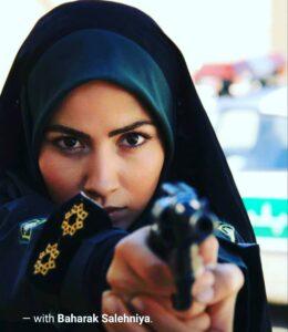 بهارک صالح نیا در تله فیلم رنگ تلخی در نقش پلیس