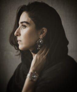 عکس نیمرخ آناهیتا افشار