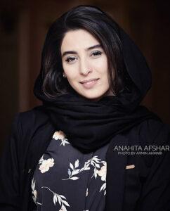 تیپ مشکی اناهیتا افشار