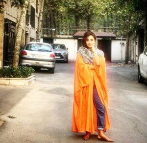 مانتوی نارنجی آناهیتا افشار