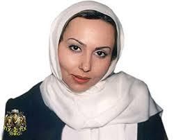 پرستو صالحی با شال سفید - عمل زیبایی پرستو صالحی