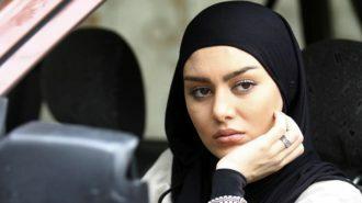 عکس های بدون آرایش سحر قریشی با روسری مشکی در ماشین