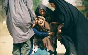 آناهیتا افشار در فیلم سینمایی ویلایی ها