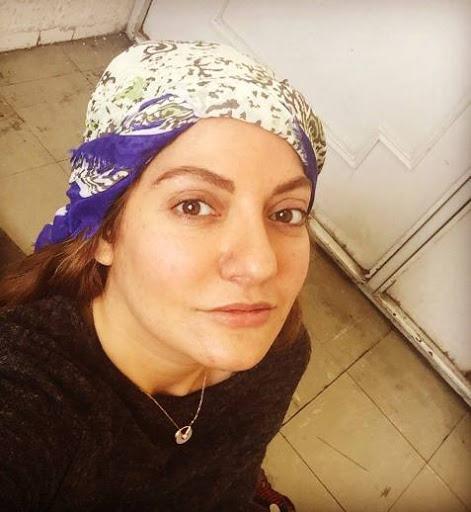 مهناز افشار با روسری سفید آبی - عکس های بدون آرایش مهناز افشار