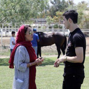 بهاره افشاری و سردار آزمون در پشت صحنه مستند سریک