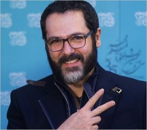 تیپ مشکی کوروش تهامی از بازیگران مرد ایرانی بالای 40 سال در جشنواره فجر