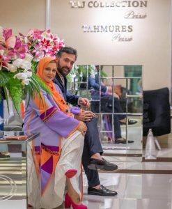 بهاره رهنما و همسرش در مزون لباس و مانتو