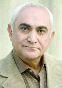 ناصر ممدوح از بازیگران متولد ماه بهمن