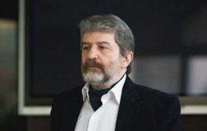 تیپ مشکی امید روحانی از بازیگران مرد ایرانی بالای 40 سال