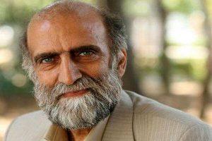 کریم اکبری مبارکه از بازیگران متولد ماه خرداد