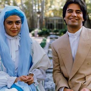 بهاره رهنما در کنار پیمان قاسمخانی با لباس عروس