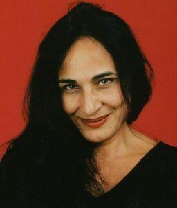 سوسن تسلیمی از بازیگران متولد ماه بهمن