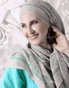 عکس اتلیه افاطمه گودرزی با روسری طوسی