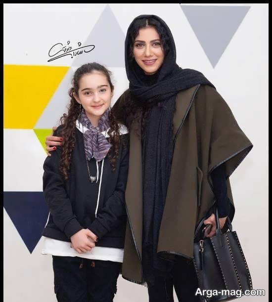 مانیا علیجانی و مونا فرجاد
