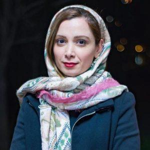 فرناز رهنما از بازیگران متولد ماه مهر